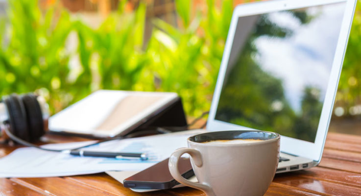 Work Smarter: Different Tips to Earn Extra Money Online