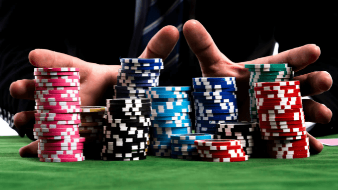 Beat the casino with these easy tips
